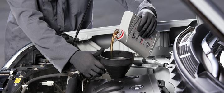 Какое моторное масло залить, оригинальное или лицензионное?