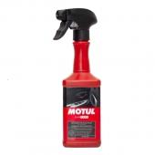 Motul Plastics Clean Очиститель пластиковых поверхностей