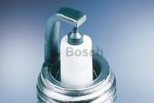 Bosch Platinum 0 242 129 500 (ZR8TPP15) Свеча зажигания, 1 штука