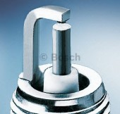 Bosch Super 0 242 229 590 (FR8HC0.8) Свеча зажигания, 1 штука