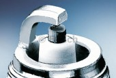 Bosch Super 0 242 235 797 (FR7DE2 0.9) Свеча зажигания, 1 штука