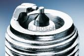 Bosch Platinum 0 242 240 555 (WR8 DP0 0.6) Свеча зажигания, 1 штука