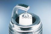 Bosch Platinum Iridium 0 242 240 653 (FR6KL332S) Свеча зажигания, 1 штука