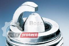 Фото 1 - Bosch Platinum 0 242 225 553 (WR9DP0.8) Свеча зажигания, 1 штука